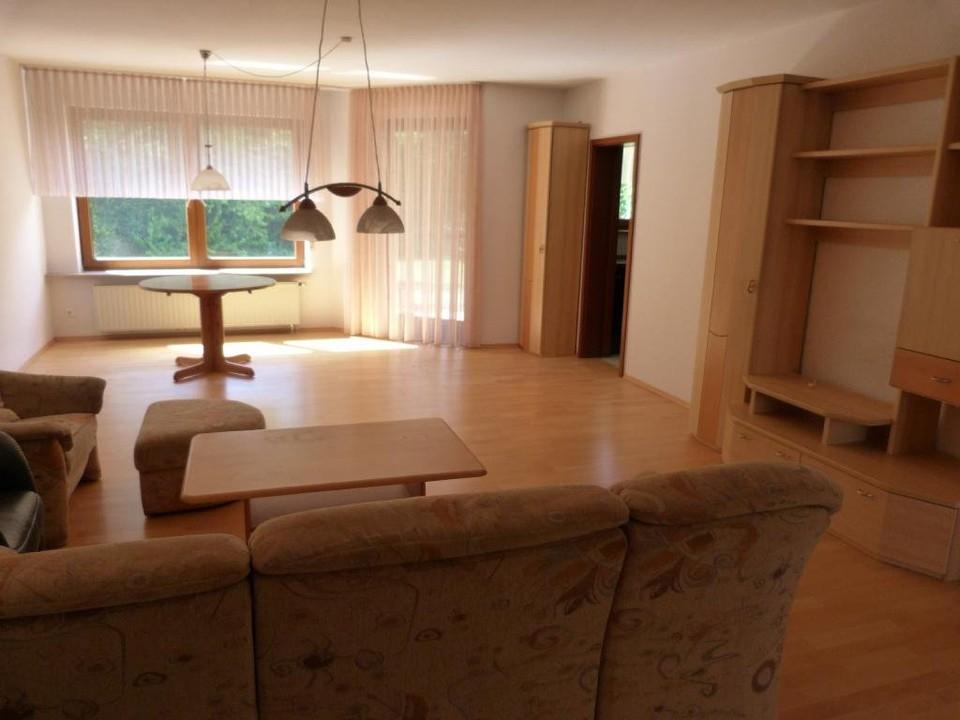 verkauft gartenliebhaber aufgepasst sch ne und gro z gige 2 5 wohnung mit gro em garten. Black Bedroom Furniture Sets. Home Design Ideas